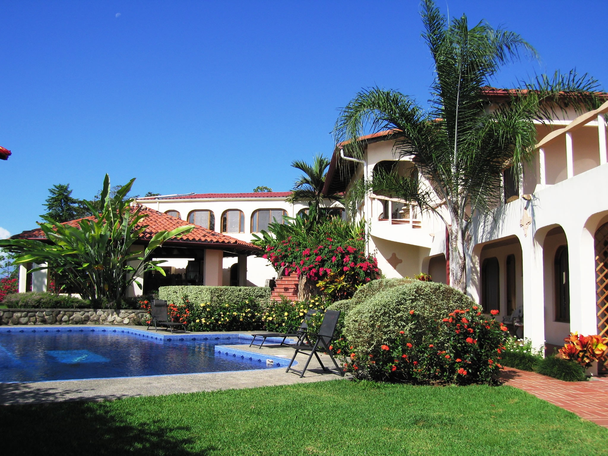 Costa rica guest house photo gallery for House images gallery